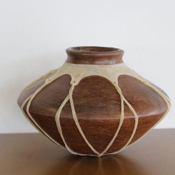 Olla de barro tarahumara