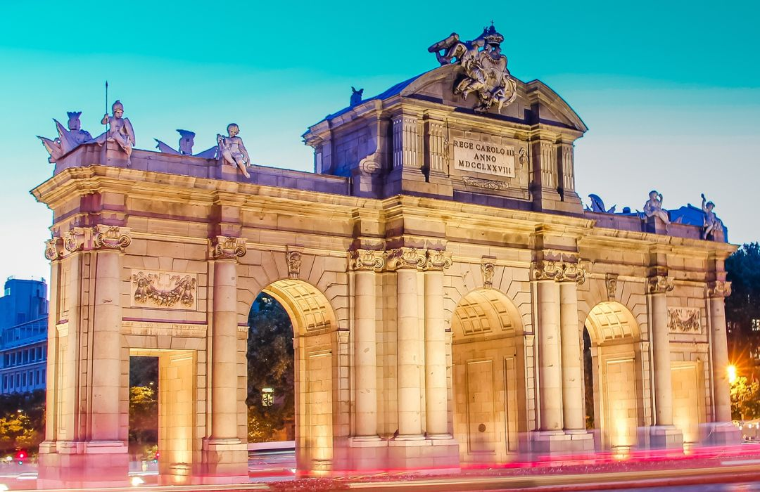Paquete a España Puerta del Sol