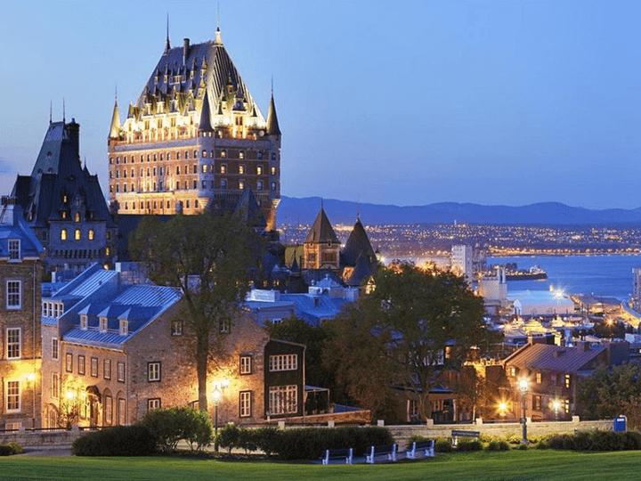 Tour a Canadá