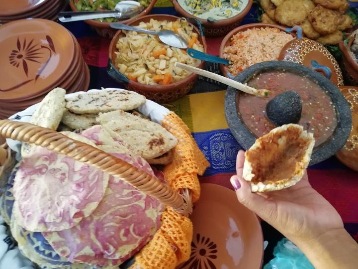 Viaje de solteros/Cocineras tradicionales Dolores Hidalgo Guanajuato Foto: Rehiletes.com