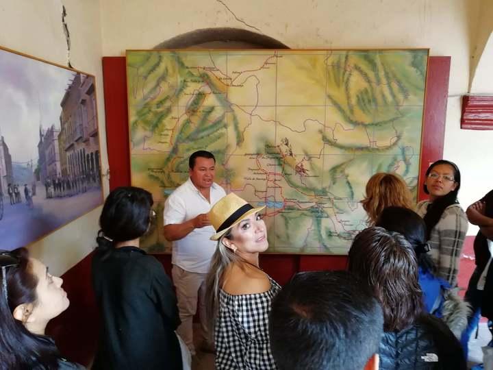 Viaje de Solteros/Casa de José Alfredo Jimenéz Foto: Rehiletes.com