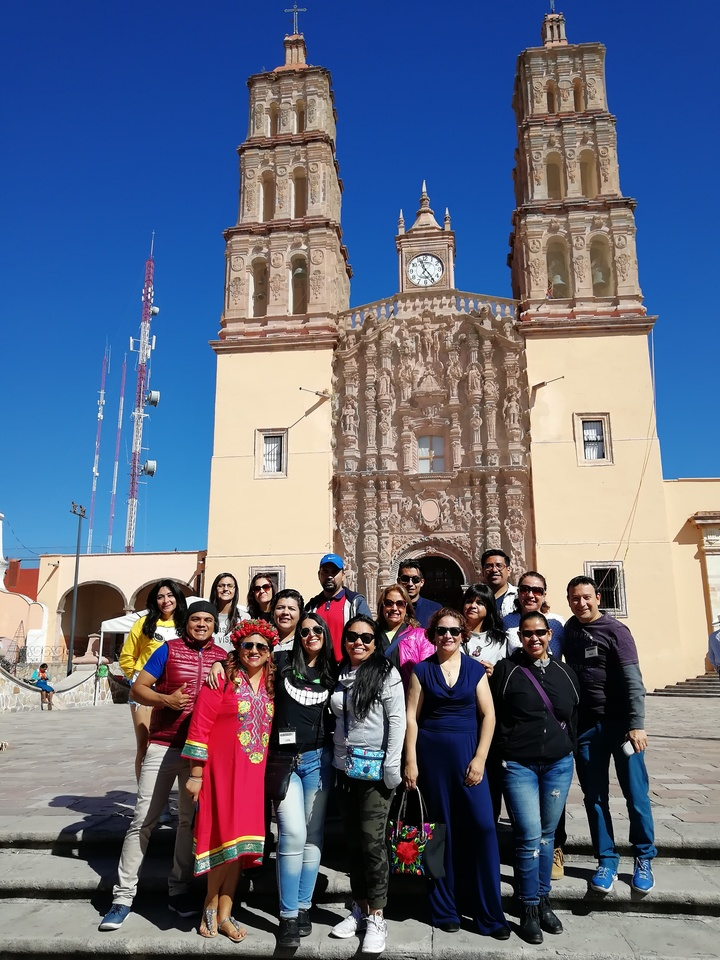 Viaje de solteros/Iglesia Dolores Hidalgo Guanajuato Foto: Rehiletes.com
