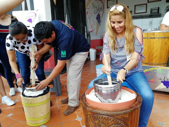 Viaje de Solteros/Helado artesanal Foto: Rehiletes.com