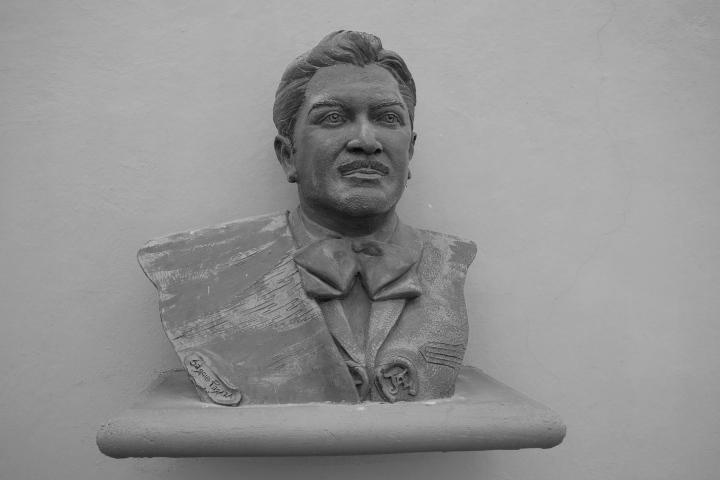 Estatua de José Alfredo Jiménez. Foto: William Wood